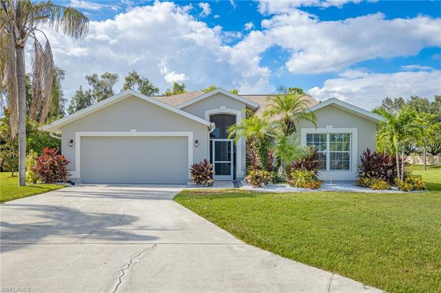 17710 Castle Harbor Dr, Fort Myers, FL 33967