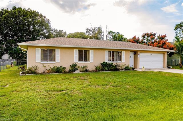18506 Geranium Rd, Fort Myers, FL 33967