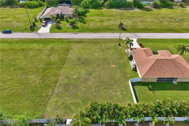 25 Sw 22nd Ave, Cape Coral, FL 33991