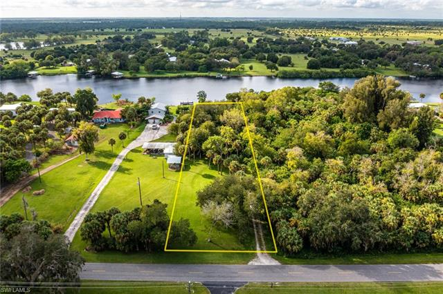 4165 County Rd 78, Labelle, FL 33935