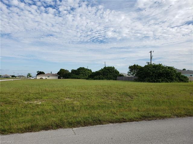 1201 Andalusia Blvd, Cape Coral, FL 33909