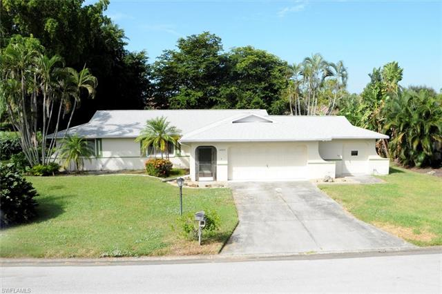 14915 Bonaire Cir, Fort Myers, FL 33908