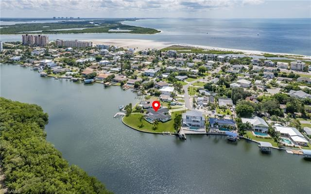 8095 Lagoon Rd, Fort Myers Beach, FL 33931