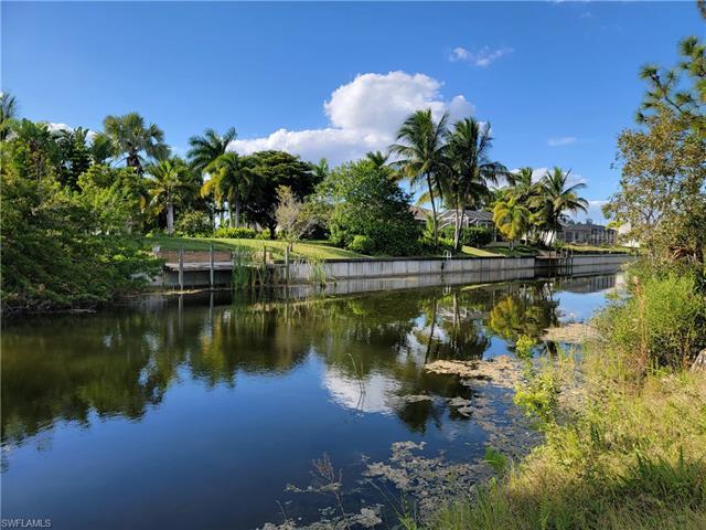 22 Nw 13th Pl, Cape Coral, FL 33993