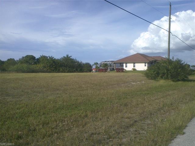 1352 Nw 13th Pl, Cape Coral, FL 33993