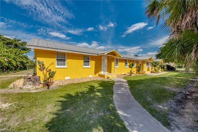 109 Center Rd, Fort Myers, FL 33907