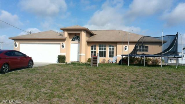 2842 Nw 3rd Pl, Cape Coral, FL 33993