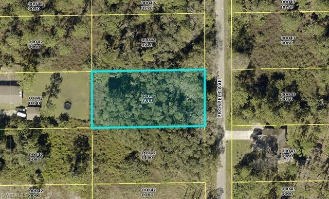 1113 Prospect Ave, Lehigh Acres, FL 33972