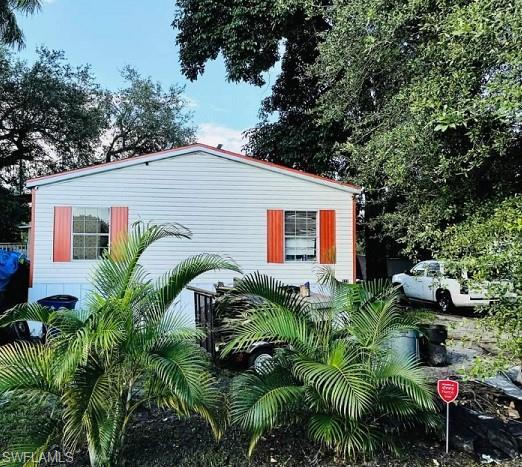 320 Redlin St, North Fort Myers, FL 33903