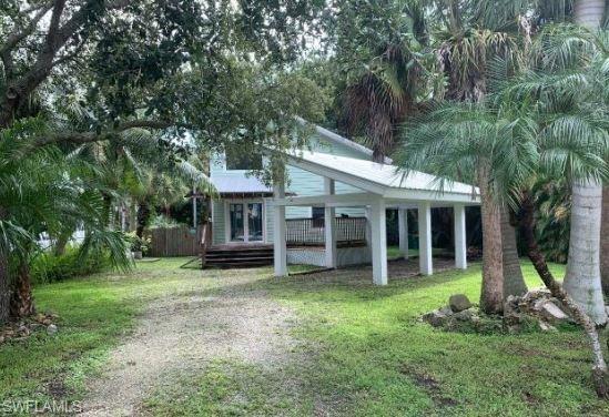 1195 Mockingbird Ln, Naples, FL 34104