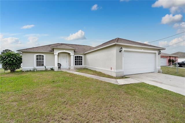 3727 6th St W, Lehigh Acres, FL 33971