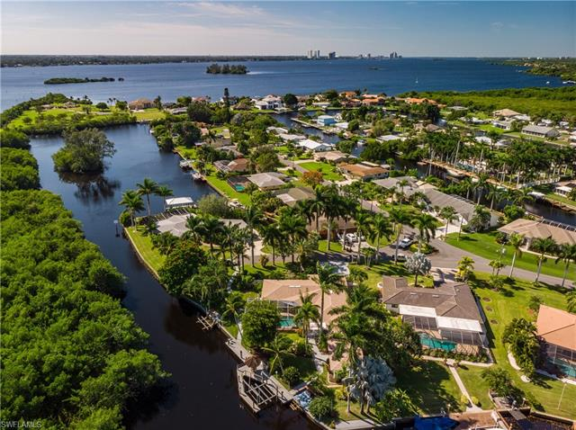 1771 Coral Way, North Fort Myers, FL 33917