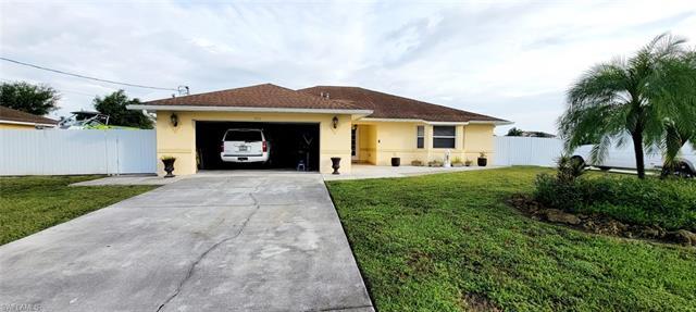 3416 19th St W, Lehigh Acres, FL 33971
