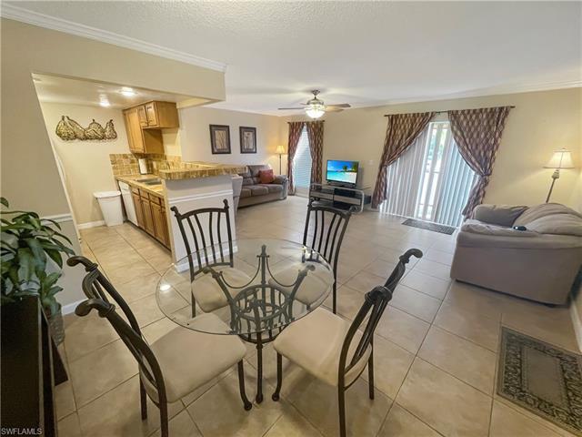 12636 Kenwood Ln D, Fort Myers, FL 33907