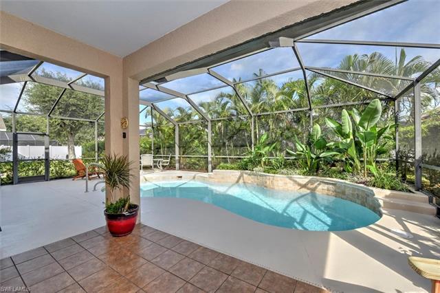 9813 Gladiolus Bulb Loop, Fort Myers, FL 33908
