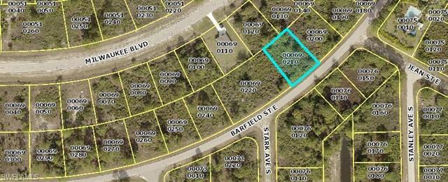 1129 Barfield St E, Lehigh Acres, FL 33974