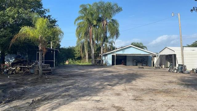 3181 South Rd S, North Fort Myers, FL 33917