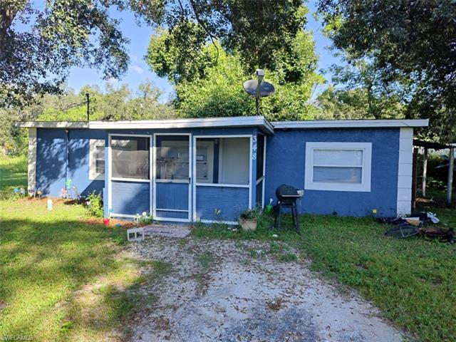348 San Diego St, North Fort Myers, FL 33903
