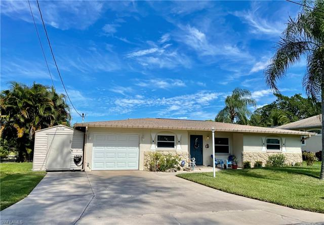 8171 Cleaves Rd, North Fort Myers, FL 33903