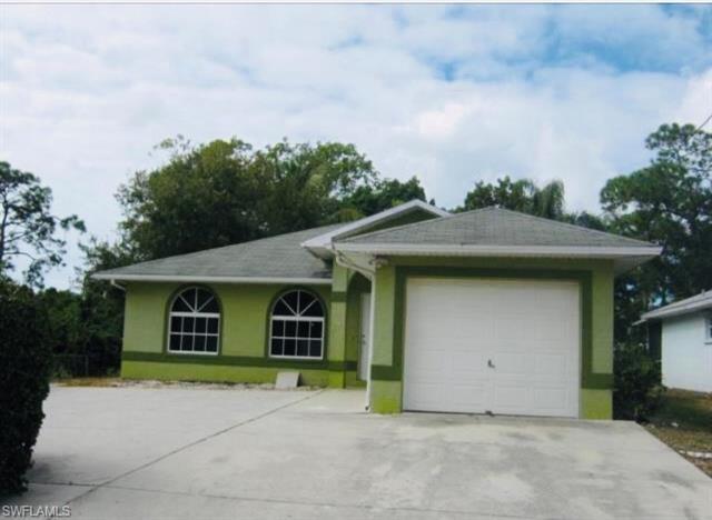 26820 Palm St, Bonita Springs, FL 34135