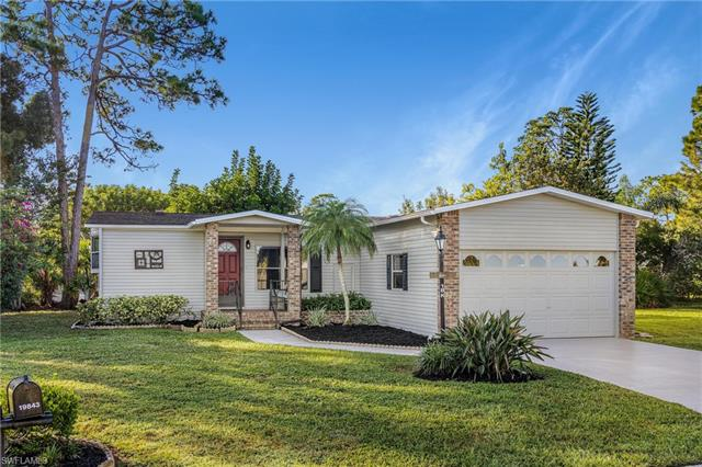 19843 Eagle Trace Ct, North Fort Myers, FL 33903