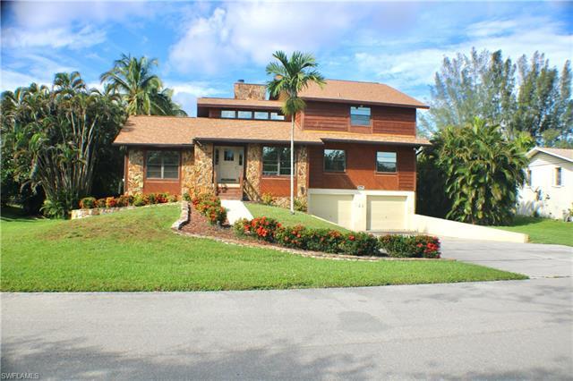 15642 Light Blue Cir, Fort Myers, FL 33908