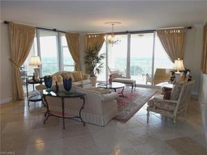6597 Nicholas Blvd 801, Naples, FL 34108