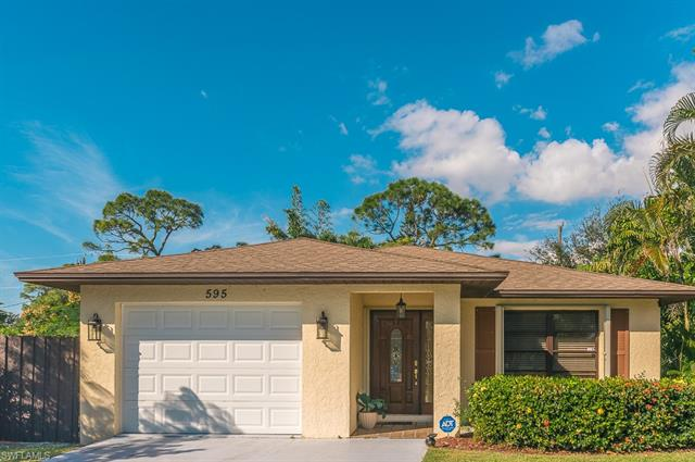 595 93rd Ave N, Naples, FL 34108
