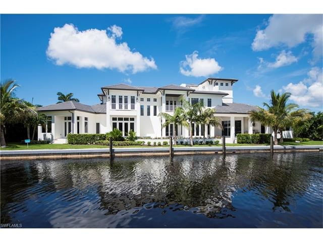 2275 Trout Ct, Naples, FL 34102