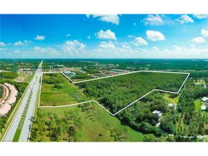 7450 Davis Blvd, Naples, FL 34112