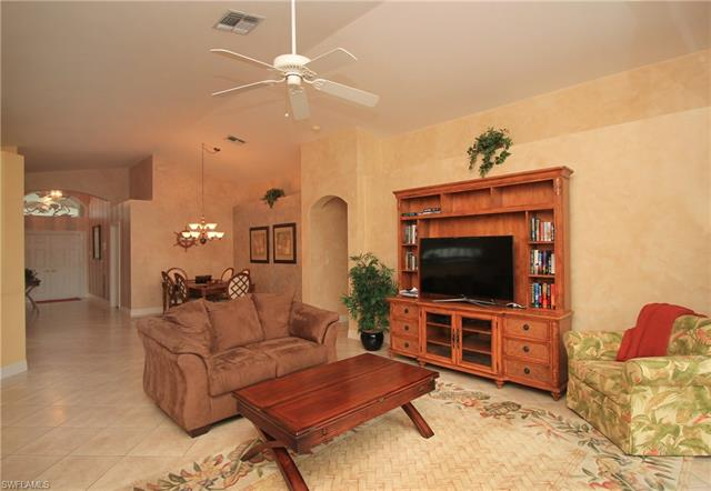 2322 Butterfly Palm Dr, Naples, FL 34119