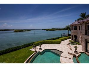1000 Admiralty Parade E, Naples, FL 34102