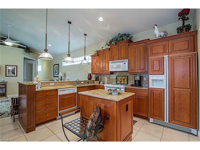 25043 Pinewater Cove Ln, Bonita Springs, FL 34134