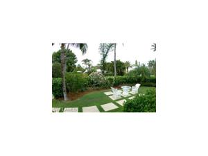 44 11th Ave S, Naples, FL 34102
