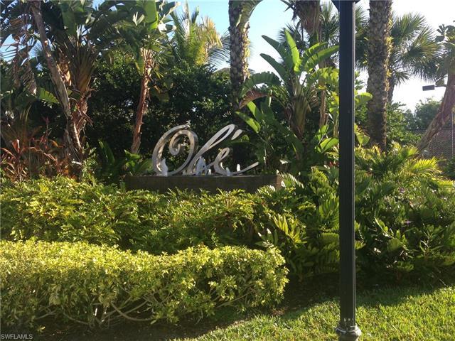 9145 Chula Vista St 13004, Naples, FL 34113