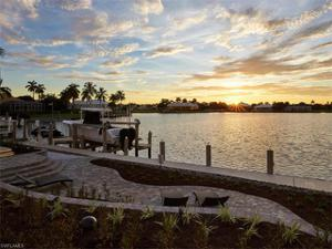 880 Inlet Dr, Marco Island, FL 34145