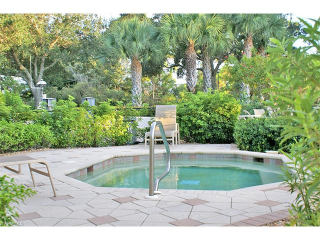 4640 Turnberry Lake Dr 403, Estero, FL 33928