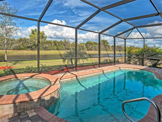 2850 Aviamar Cir, Naples, FL 34114