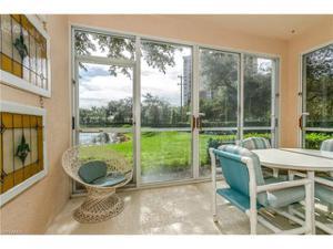651 Wiggins Lake Dr 102, Naples, FL 34110