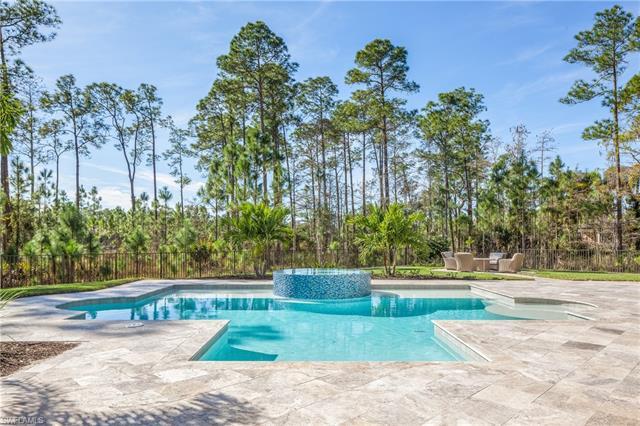 4437 Club Estates Dr, Naples, FL 34112