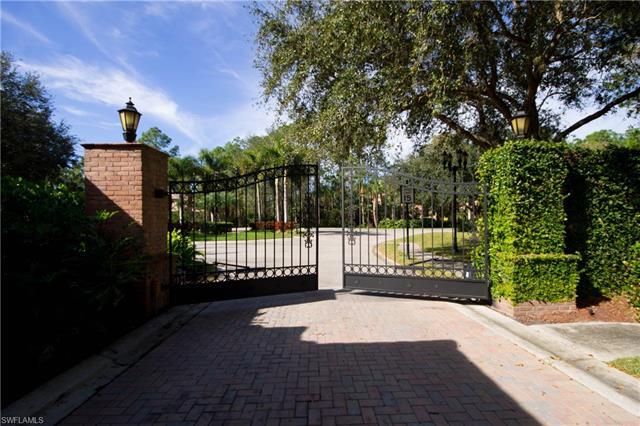 4485 Club Estates Dr, Naples, FL 34112