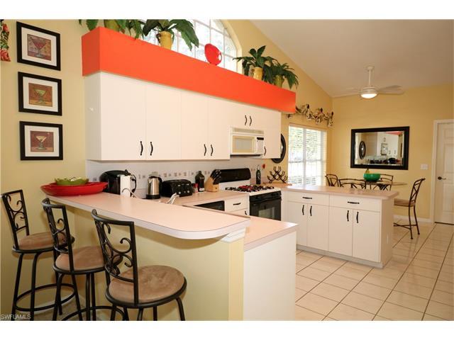 2000 Corona Del Sire Dr, North Fort Myers, FL 33917