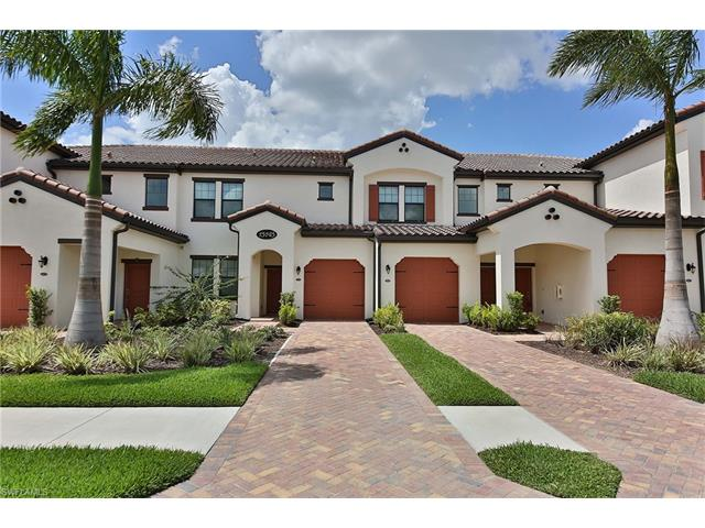 15145 Palmer Lake Cir 19-102, Naples, FL 34109