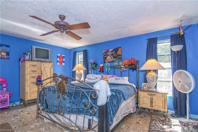 1645 Ludlow Rd, Marco Island, FL 34145