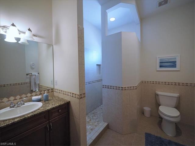 578 106th Ave N, Naples, FL 34108