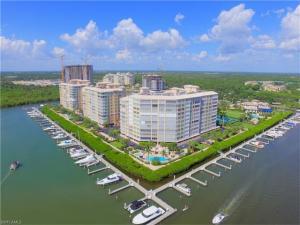 425 Dockside Dr 803, Naples, FL 34110