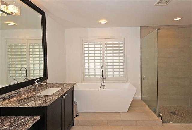 2403 Butterfly Palm Dr, Naples, FL 34119