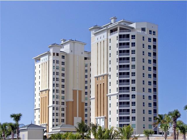295 Grande Way 2, Naples, FL 34110