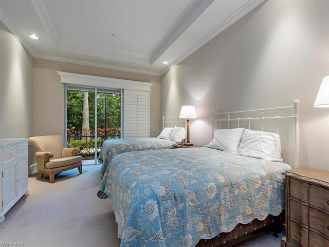 2305 Residence Cir 101, Naples, FL 34105