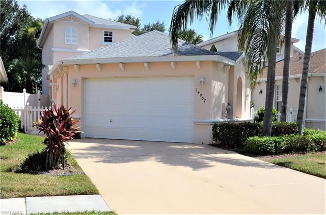 14907 Sterling Oaks Dr, Naples, FL 34110